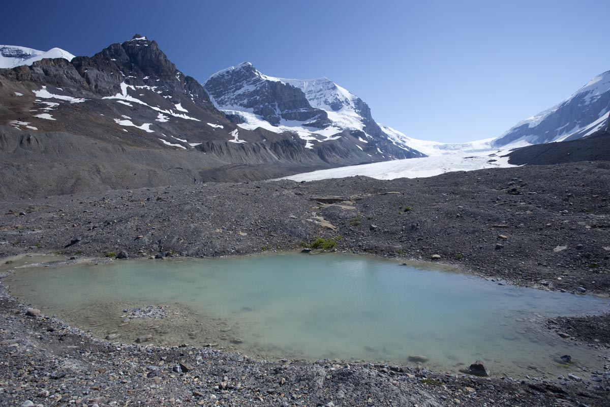 Kettle Lakes Form In Seemingly Random Places On Moraines Because Stranded Blocks Of Ice Eventually Melt To Leave Depressions The Moraine